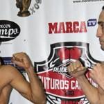 Sandro Domínguez pesaje velada seminfinales de Futuros Campeones.