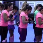 Vídeo de Susi, una entrenadora de Kickboxing solo para mujeres