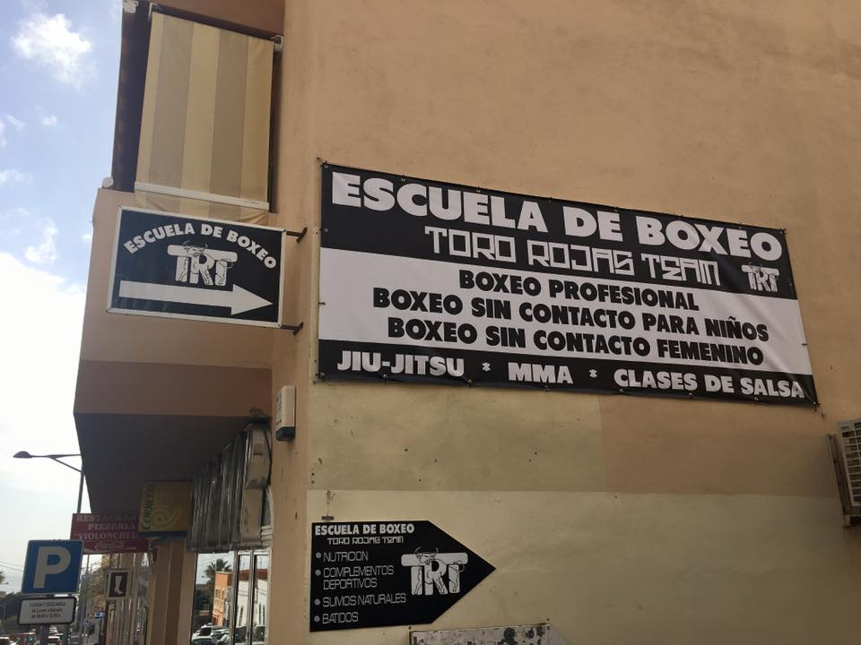 ESCUELA BOXEO TRT