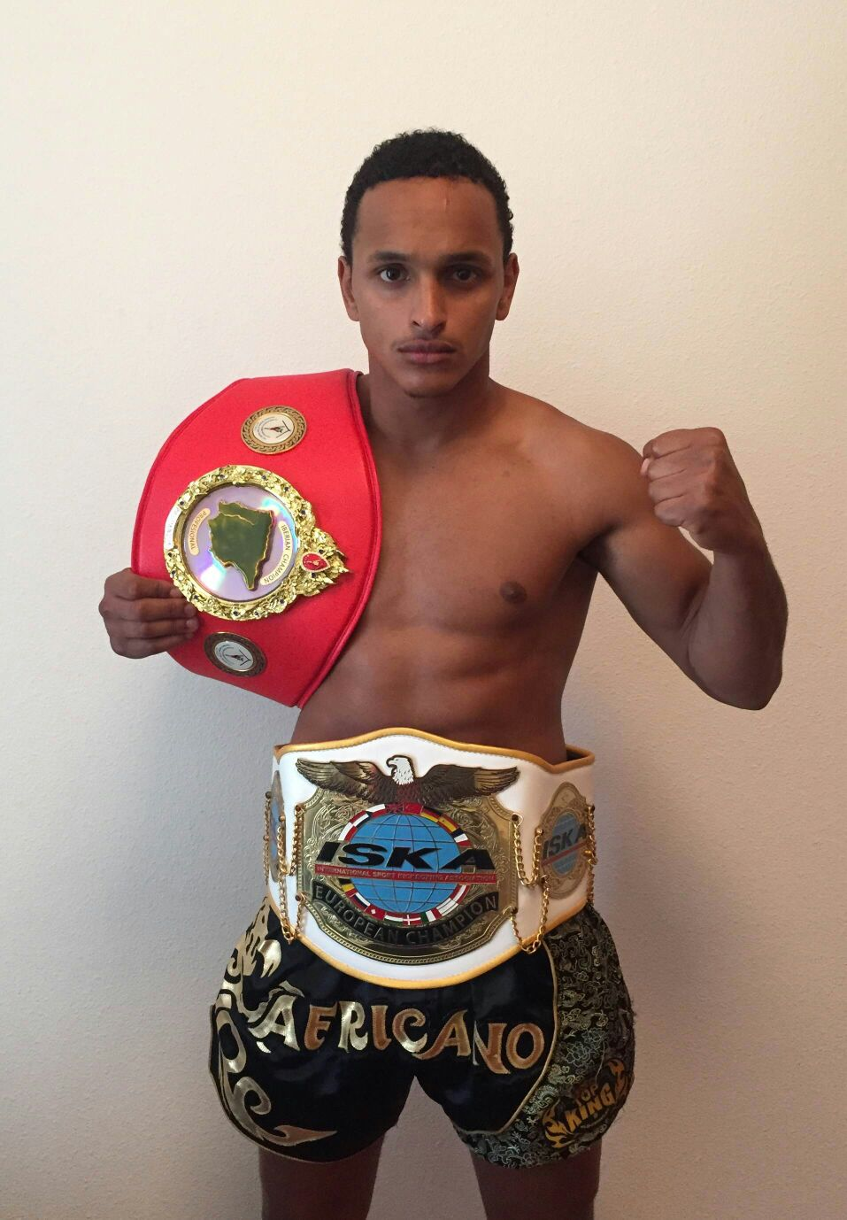 campeón de Europa Iska Luis Africano 2
